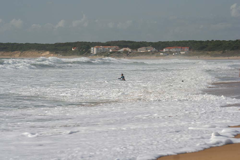 le surf sur la plage