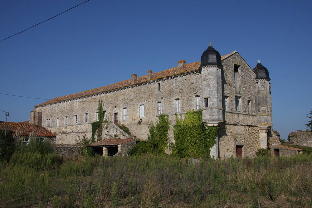 l'abbaye du Lieu-Dieu à Jard sur mer