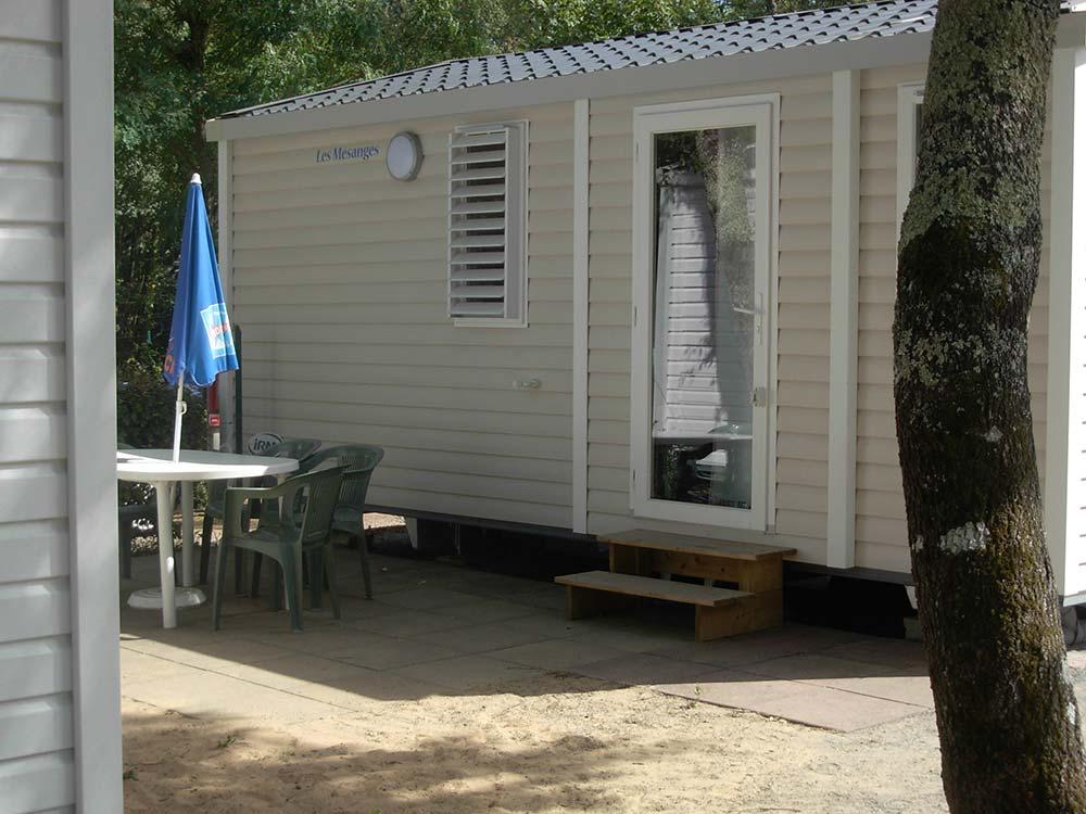extérieur location mobilhome 3/4 personnes Vendée