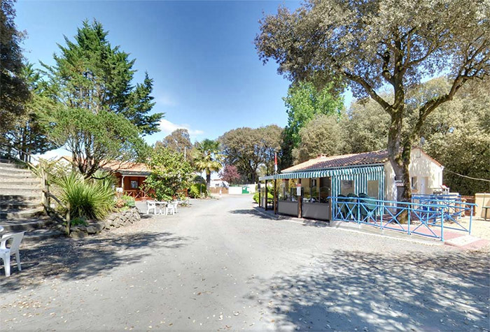 location d'emplacement camping taille humaine La Tranche sur Mer
